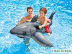 Felfújható cápa